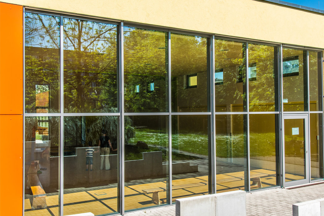 Kindergarten Kuschelhaus Magdeburg Glasfassade